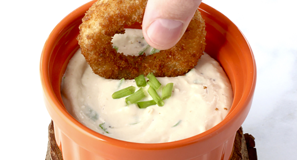 Easy Applewood Horseradish Dipping Sauce
