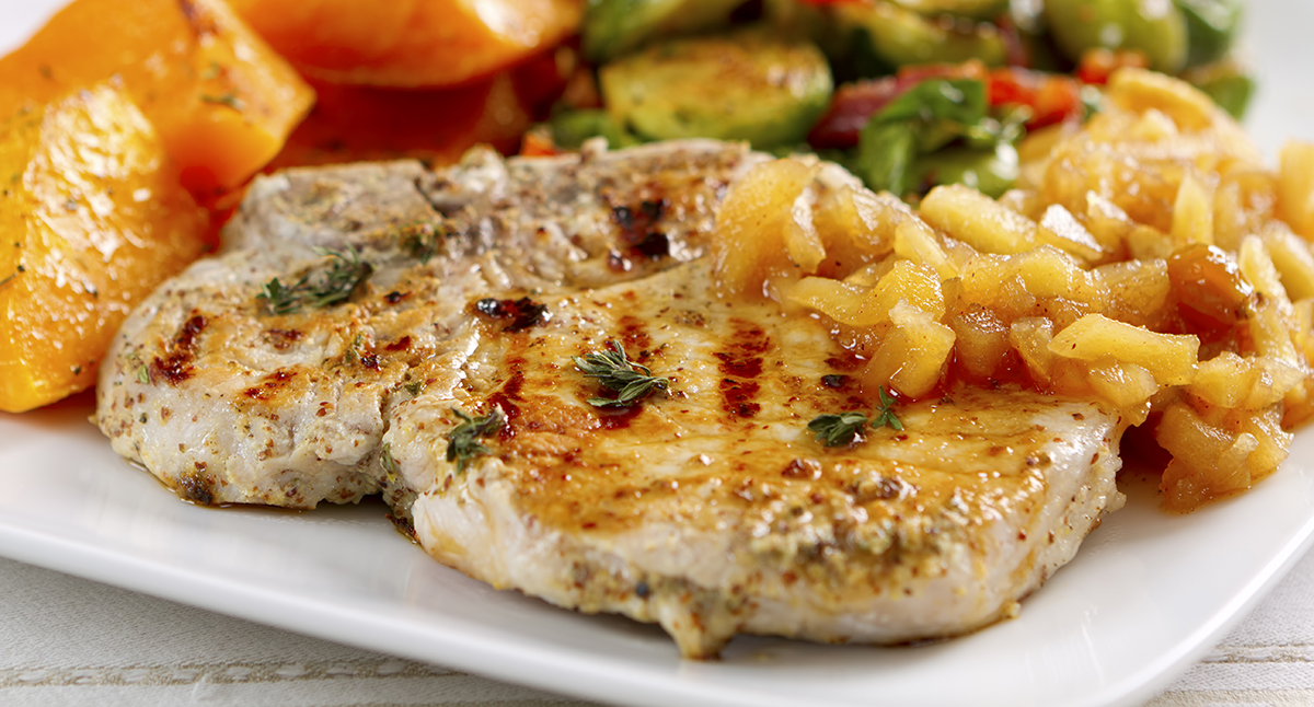 Grilled Pork Chops with Horseradish Applesauce