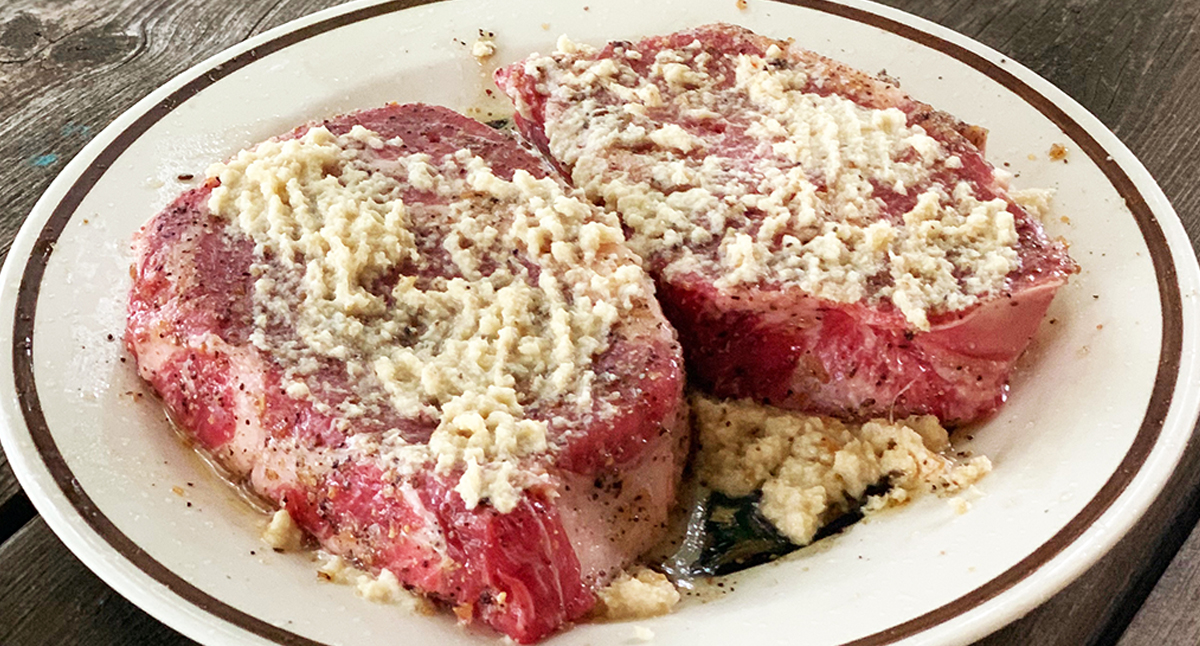 Horseradish Coated Grilled Steak